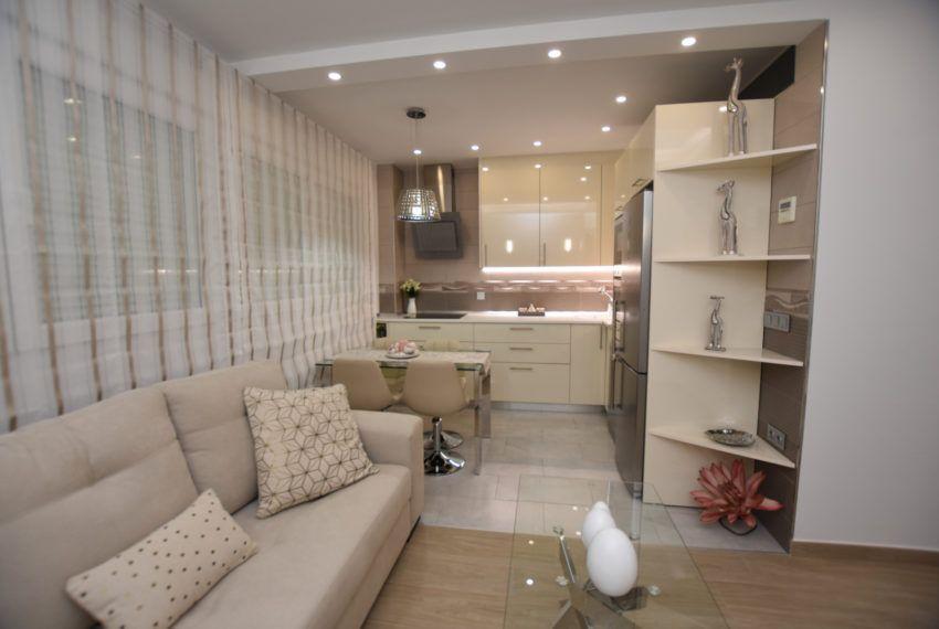 Apartamento en Torrevieja con garaje y piscina comunitaria
