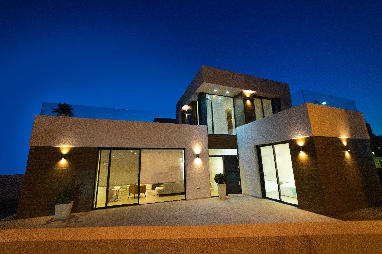 Moderna villa en Los Montesinos cerca campos de golf