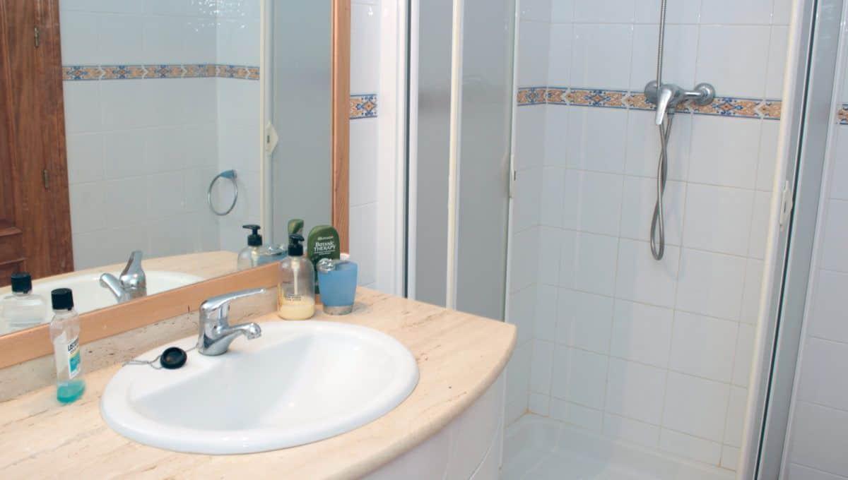 Apartamento en Torrevieja en primera linea con vistas al mar y paseo
