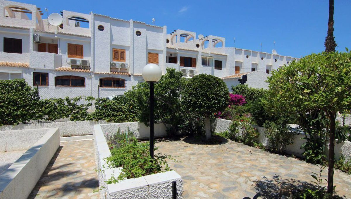 Bungalow en Cabo Roig en zona Cala Capitan