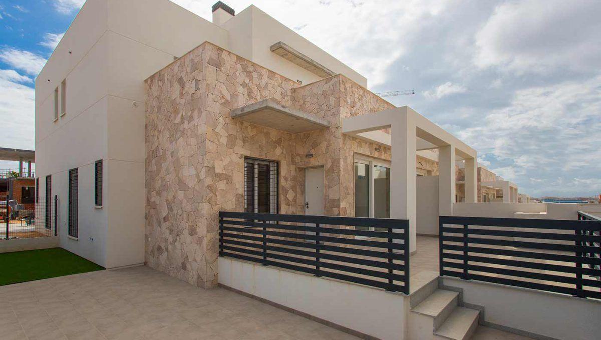 Dúplex en Torrevieja con piscina y garaje de obra nueva - Breezes