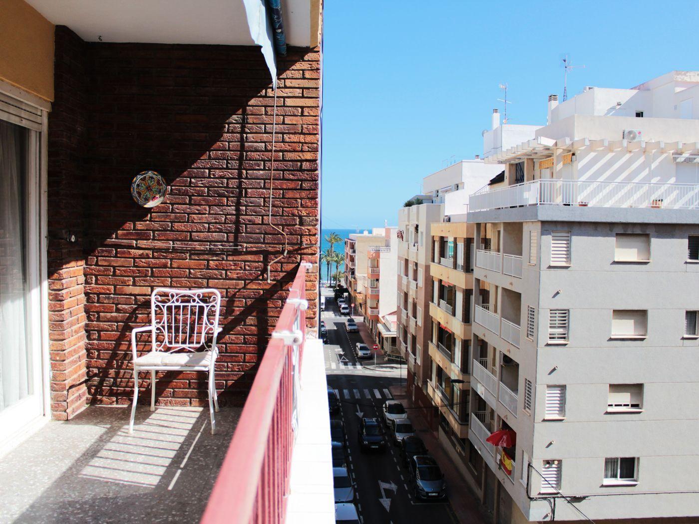 Grande y luminoso apartamento con vistas al mar en Playa del Cura