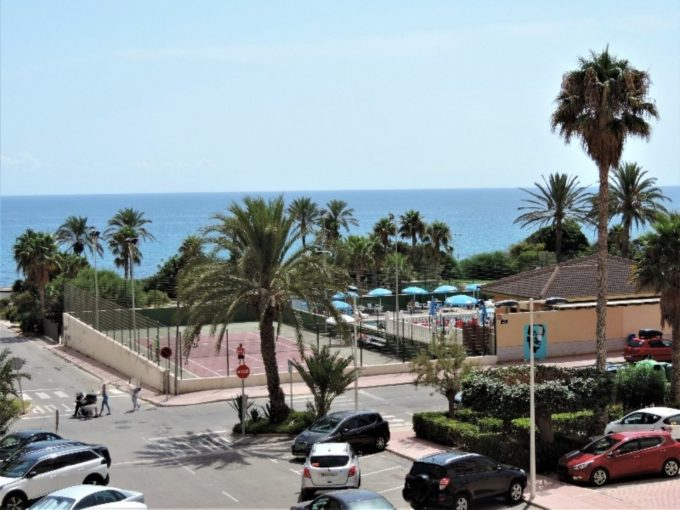 Apartamento con vistas al mar en Cabo Cervera