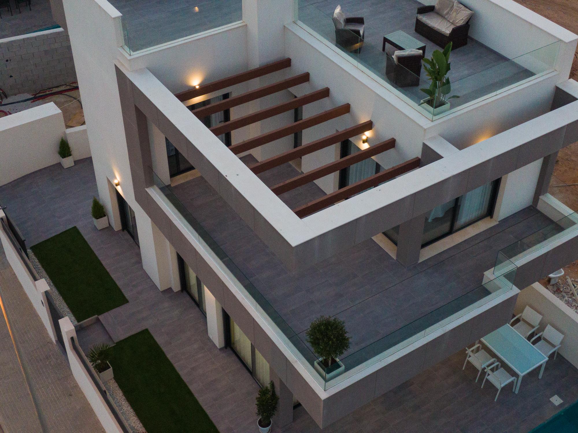 Villa de obra nueva en Los Montesinos – Alba  Salina