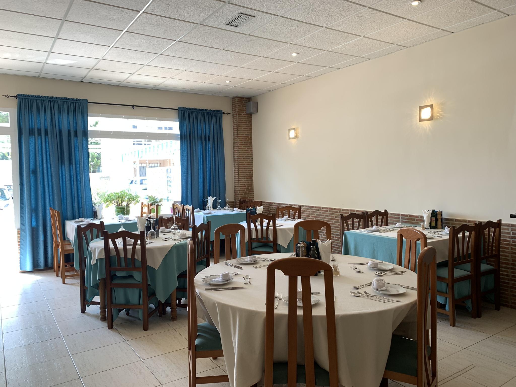 Se traspasa bar-restaurante a tan solo 200 metros de la playa La Zenia
