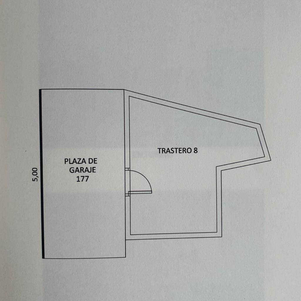 Plano de garaje con sótano